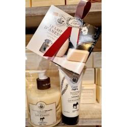 Pack cadeau Savon liquide de Marseille 330ml LAIT D'ANESSE Bio & Crème main ânesse 75ml